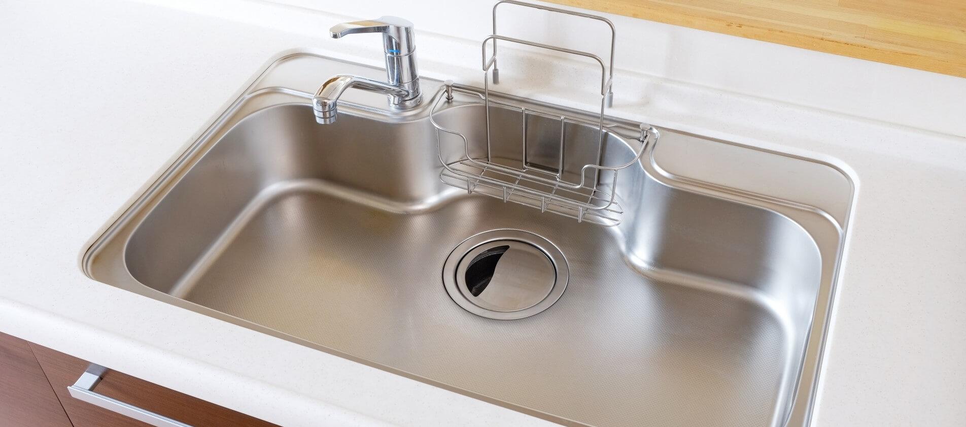キッチンの水漏れ、つまりなど水まわりのトラブルはザットマンにお任せください