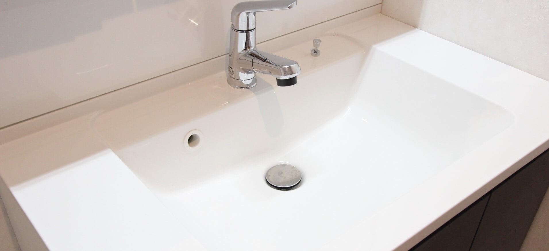 洗面所の水漏れ、つまりなど水まわりのトラブルはザットマンにお任せください